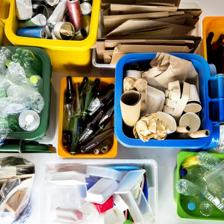 shutterstock_591166076_sorted recycling